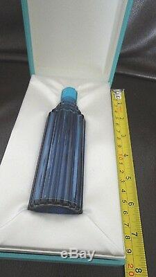Large Worth'Je Reviens' Scent Bottle by Lalique in Original Box